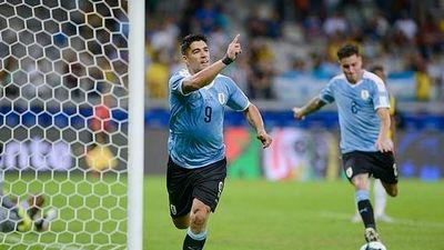 Uruguay đại thắng 4-0, Qatar bất ngờ cầm hòa Paraguay!
