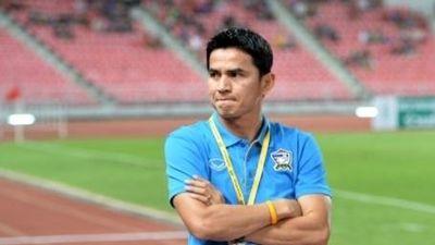 HLV Kiatisak thẳng thừng từ chối trở lại dẫn dắt đội tuyển Thái Lan