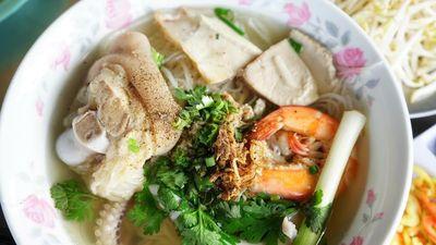 Hủ tiếu và những món ăn sáng Việt được báo nước ngoài ca ngợi