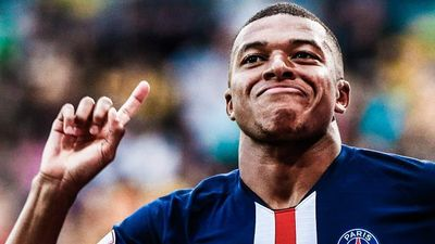Mbappe lập cú đúp giúp PSG thắng trận đầu tiên trước mùa giải