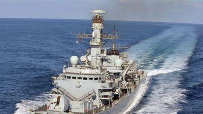 Đo công lực chiến hạm Anh sắp vào vùng Vịnh, cảnh cáo Iran