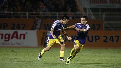 Thắng đậm CLB Sài Gòn, Hà Nội bám sát ngôi đầu BXH V.League 2019