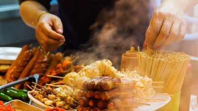 Bánh trứng gà và 4 món dưới 100.000 đồng cho hội ăn đêm ở Hong Kong