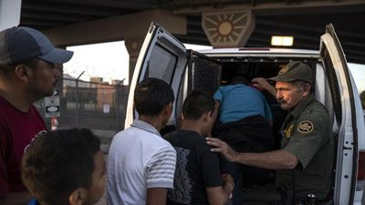 Người nhập cư lậu ở Mỹ sẽ bị trục xuất nhanh hơn