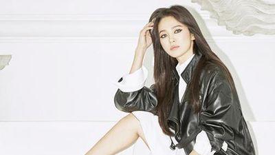 Song Hye Kyo kẻ mắt mèo khó nhận ra sau khi bỏ chồng