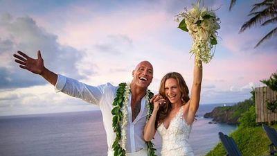 Siêu sao The Rock chính thức lên xe hoa