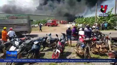 Cháy lớn tại công sản xuất nhựa ở Đồng Nai