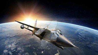 Cận cảnh MiG-31BM chặn đánh 'máy bay địch' ở tầm cao 20km