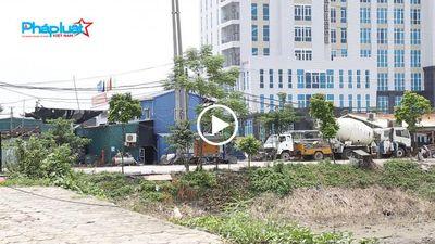 Tây Mỗ, Nam Từ Liêm, Hà Nội: Kho bãi 'mọc lên' giữa trạm bơm thủy lợi.