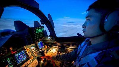 Đẹp mê hồn hệ thống lái mô phỏng tiêm kích Su-30SM