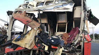 Tin mới vụ xe khách đâm nhau ở Khánh Hòa khiến 40 người bị thương, 1 người chết