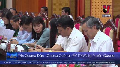 Phó chủ tịch Quốc Hội Phùng Quốc Hiển làm việc tại Tuyên Quang