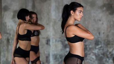 CLIP: Georgina Rodriguez lại 'gây choáng' trong chiến dịch quảng cáo đồ lót