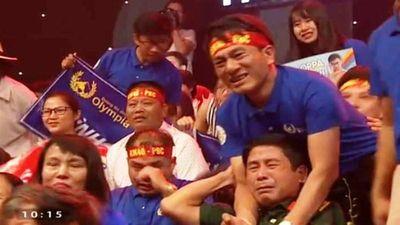 Video clip: Xúc động chàng trai Nghệ An vô địch Olympia