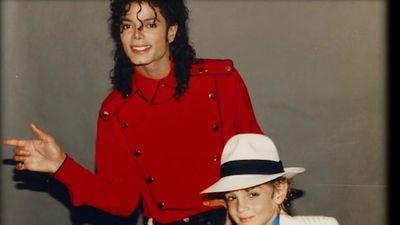 Hé lộ những năm tháng khủng hoảng của Michael Jackson