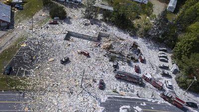 Tòa nhà mới xây bị san bằng sau vụ nổ khí gas ở Mỹ
