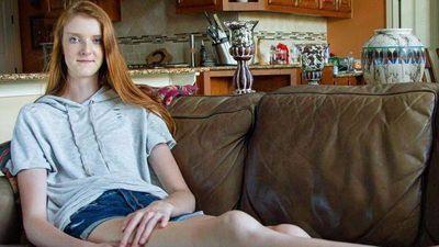 Cô gái 16 tuổi sở hữu đôi chân dài nhất thế giới