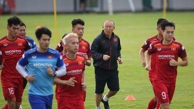9 cầu thủ mới được HLV Park Hang Seo triệu tập cho ĐTVN chuẩn bị gặp Malaysia là những ai?
