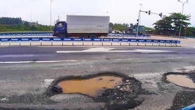 'Ổ trâu' xuất hiện trở lại ở cao tốc Đà Nẵng - Quảng Ngãi