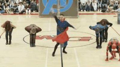 Học sinh đem 'Vũ trụ điện ảnh Marvel' vào bài nhảy hút triệu view