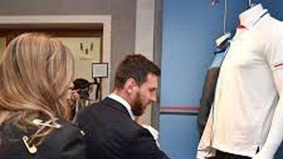 Clip: Ra mắt thời trang Messi cực kì ấn tượng