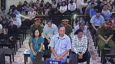 Con trai học trường chuyên, cựu Phó GĐ Sở GD&ĐT Hà Giang vẫn sợ trượt tốt nghiệp