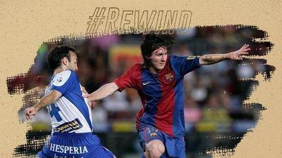 Messi trong ngày ra mắt Barcelona 15 năm trước