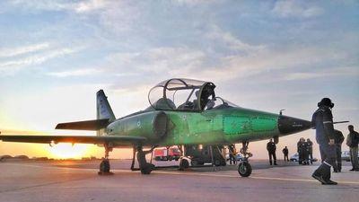 Iran khoe máy bay huấn luyện có những khả năng 'tốt nhất thế giới'