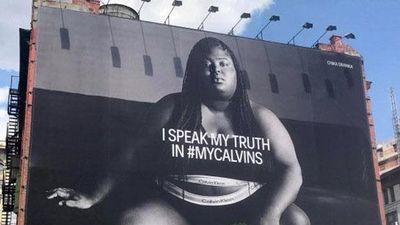 Calvin Klein gây tranh cãi khi để người mẫu béo mặc nội y quảng cáo