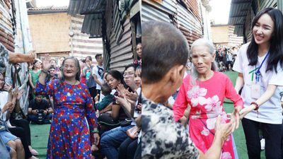 Ngày đẹp nhất của những người phụ nữ nghèo khu ổ chuột dưới chân cầu Long Biên: 'Cuộc đời tôi chưa bao giờ được mặc đẹp như hôm nay'