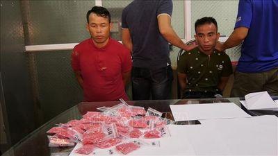 Công an Lào Cai bắt 2 đối tượng buôn bán 8.000 viên ma túy