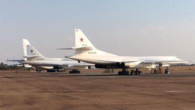 Tu-160 của Nga bay 11.000 km liên tục không nghỉ để tới Nam Phi
