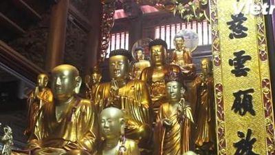 Chùa Hòe Nhai và tượng 'vua cõng Phật' độc đáo nhất Việt Nam