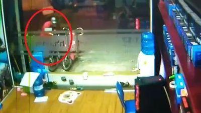 Kẻ gian trộm xe nhanh như chớp ở TP.HCM
