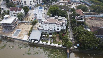 Không cho phép biệt thự biến bờ sông Sài Gòn thành của riêng