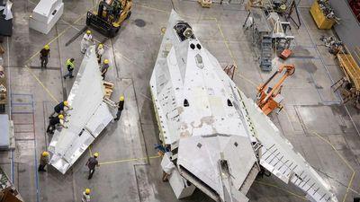 Mỹ đưa máy bay ném bom F-117 Nighthawk trở lại vì nhiệm vụ bí mật?