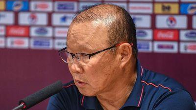 HLV Park: 'Tiến Linh có thể ghi bàn sớm hơn nếu không bị phạm lỗi'