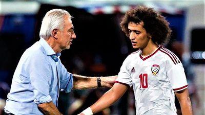 Báo UAE lo đội nhà vỡ mộng World Cup vì Việt Nam