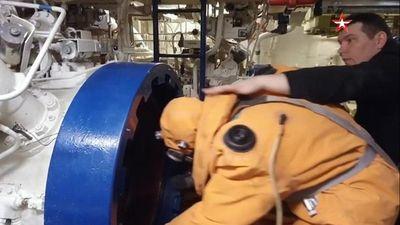 Cách thoát hiểm ít biết từ tàu ngầm hạt nhân Nga