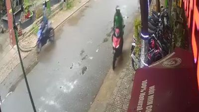 Dàn cảnh hỏi đường để trộm xe ở TP.HCM