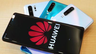 Mỹ lùi cấm vận Huawei thêm 90 ngày