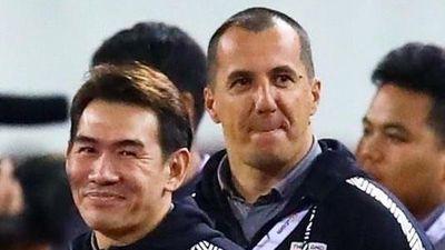 'Phải đưa trợ lý tuyển Thái Lan lên FIFA xử nặng'