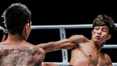 Duy Nhất tỏa sáng tại ONE Championship