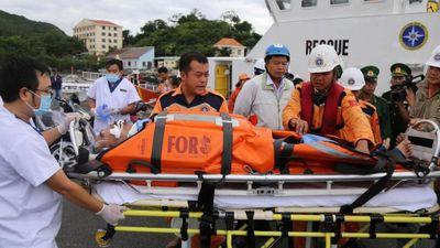 Thót tim hành trình cứu nạn du khách Nhật đột quỵ trên biển