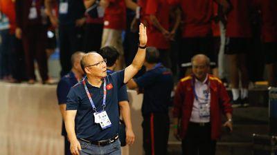 HLV Park Hang Seo không dám nhìn cầu thủ U22 Việt Nam đá phạt đền