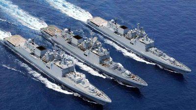 Choáng: Hải quân Ấn Độ khoe sức mạnh lực lượng tàu chiến cực khủng