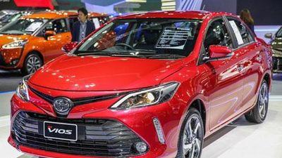 Loạt xe Toyota giảm giá mạnh đầu tháng 12: Cao nhất 155 triệu