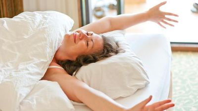 Tại sao bạn nên vươn vai khi thức dậy mỗi sáng?
