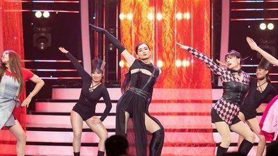 BB Trần van nài bầu sô ngưng mời đi hát đám ma sau màn cosplay Jennie phiên bản 'đô con'