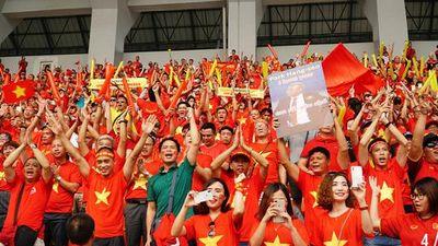'Cháy tour' sang Philippines cổ vũ đội tuyển U22 Việt Nam